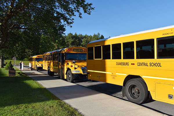 buses lined up at elementary school